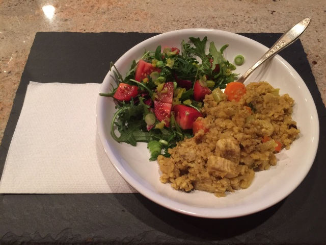 Curried rice with chicken and vegetables