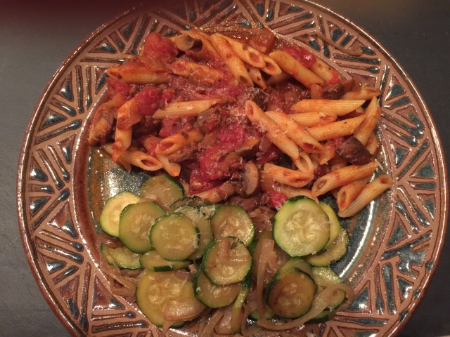 Penne with tomato mushroom sauce and zucchini