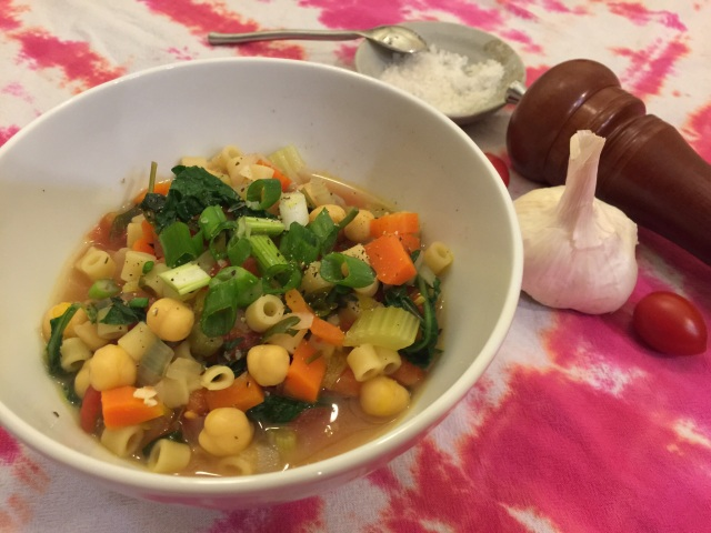 Chickpea stew with ditalini and kale