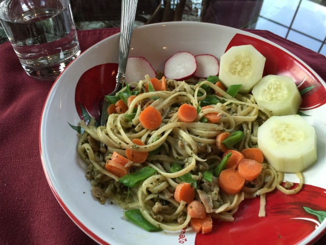 Leftover linguine with clam sauce plus snow peas and carrots served with crunchy raw vegetables