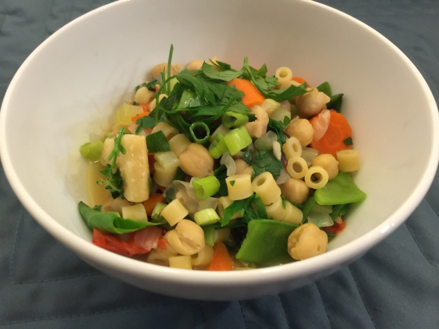 Chickpeas, pasta, and vegetables