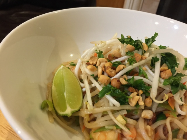 Quick pad Thai with shrimp