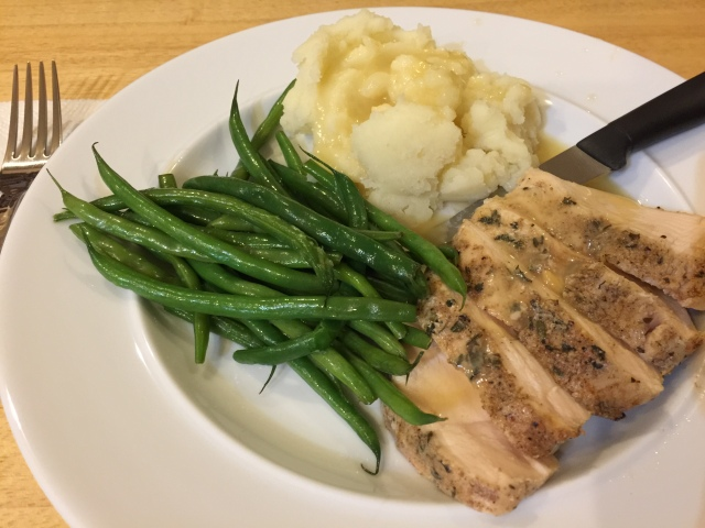 Sous vide chicken with mashed potatoes and green beans