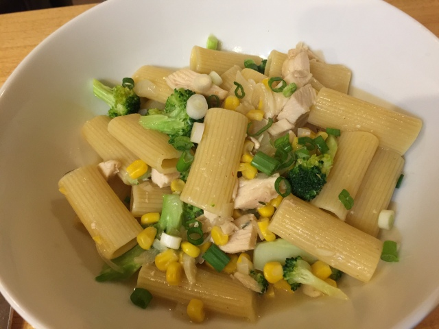 Rigatoni with chicken, corn, and brocoli