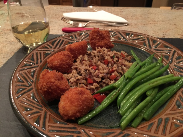 Fried scallops with rice medley and haricot vert